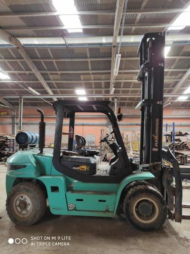 aluga-se empilhadeira capacidade de carga 7 toneladas