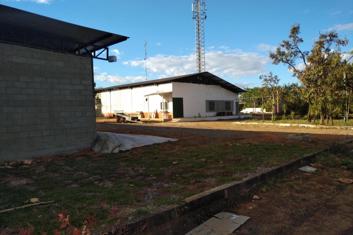 aluga-se galpão de 50 a 600m2 próximo ao paranoá - brasilia.