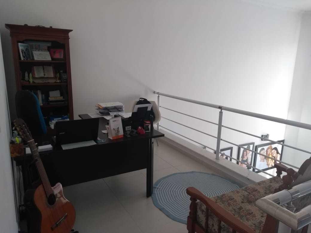 aluga-se sobrado em condomínio fechado. peruíbe/sp ref.c1039