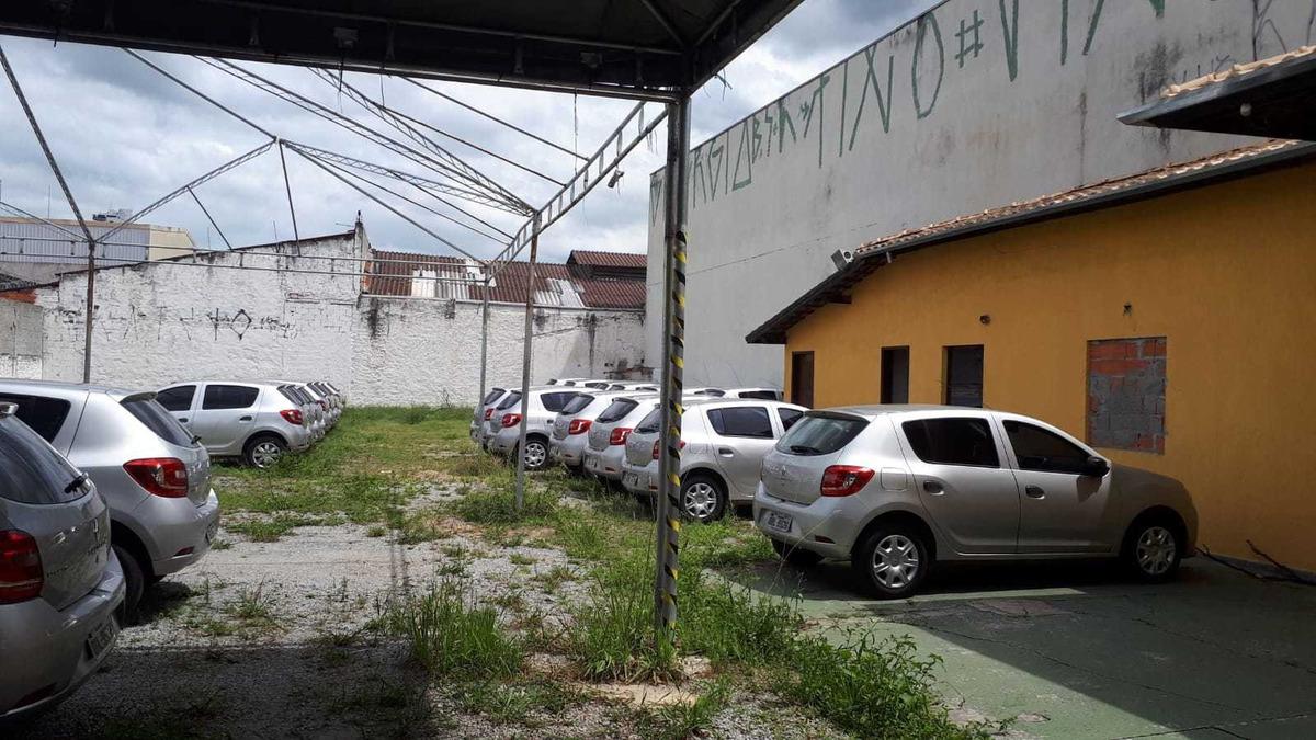 aluga se terreno otimo para estacionameto no centro de mogi