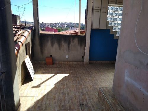 alugo casa de 2 dormitórios recanto do sol