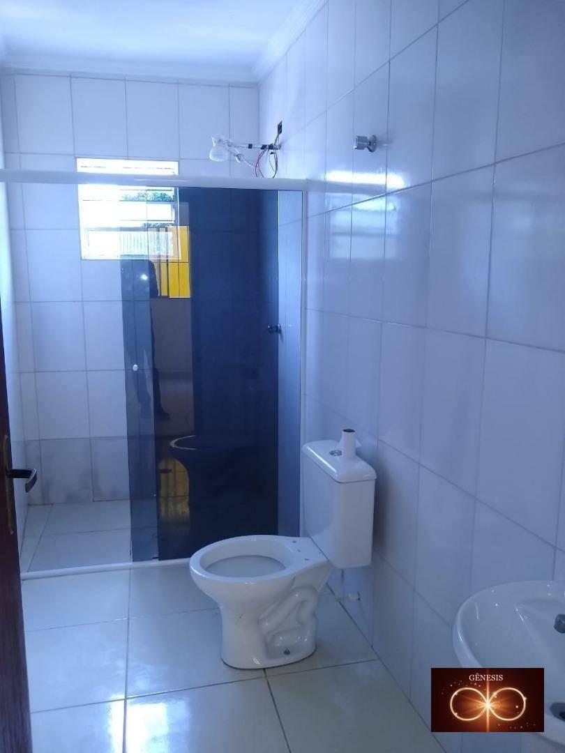 alugo excelente casa com 3 comodos grande e garagem r$ 850,00 / jd.santo eduardo - ca0030