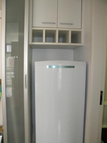 alugo flat semi mobiliado quarto banheiro sala cozinha varan