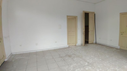 alugo sala comercial (02 salas interligadas) no centro... - 940