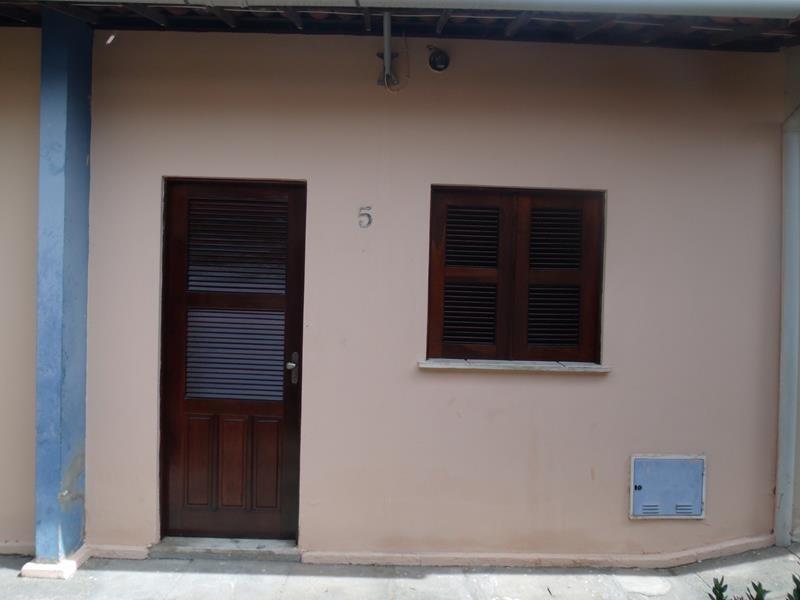 aluguel casa 1 quarto, quintal, bairro jardim das oliveiras,
