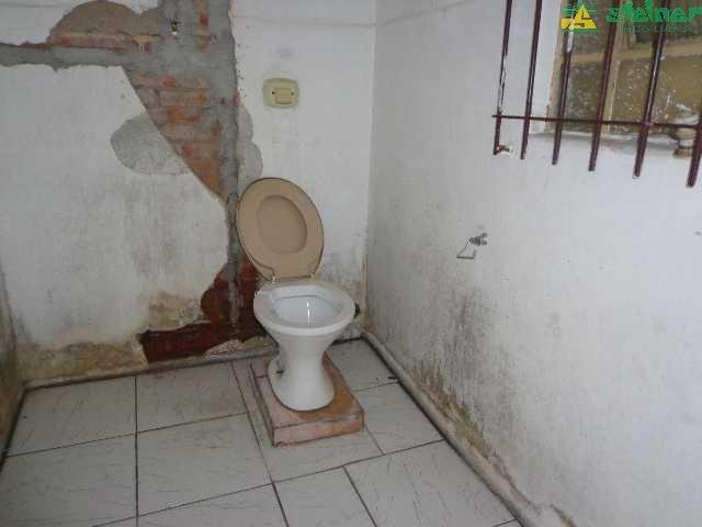 aluguel casa 3 dormitórios centro guarulhos r$ 2.000,00