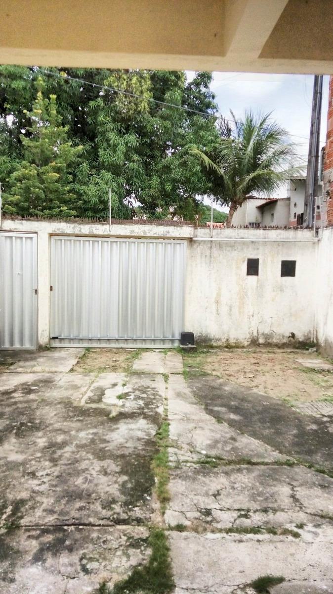 aluguel casa com 3 quartos no cocó, garagem, área de serviço