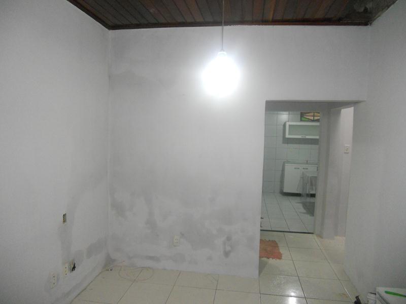aluguel casa no benfica, 4 quartos (1 suíte), sala, cozinha