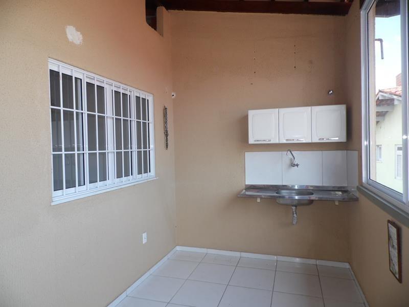 aluguel casa no jardim das oliveiras - 2 suítes, garagem