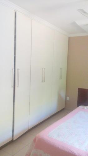aluguel condomínio fazenda da serra - casa 03 quartos castelo - 2394