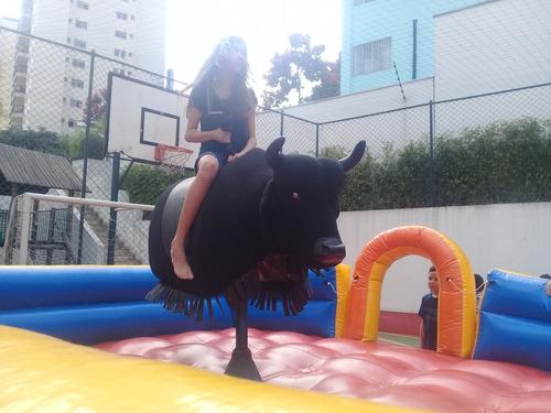aluguel de touro mecânico para festas e eventos