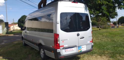 aluguel de vans com motorista e viagens