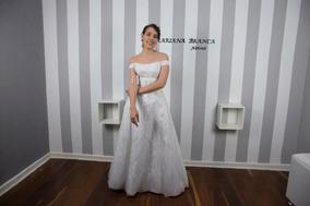 9bc10e905cfd Aluguel Vestido Plus Size - Vestidos Femeninos Longo com o Melhores Preços  no Mercado Livre Brasil