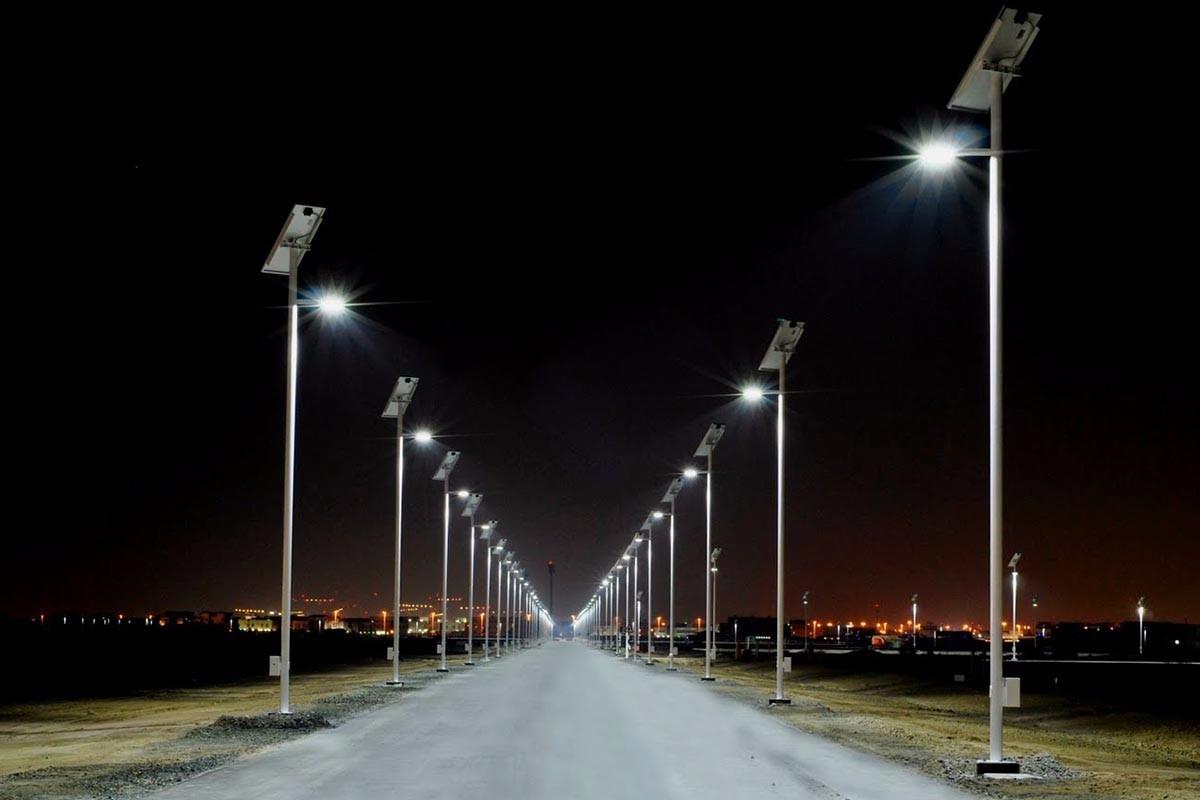 Alumbrado publico solar autonomo 30w completo con anclas for Alumbrado solar exterior
