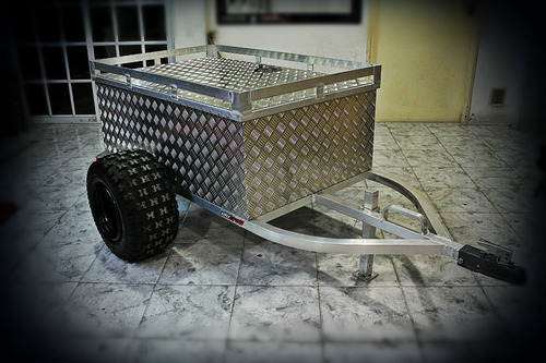 alutrail trailer para remolcar con cuatriciclo