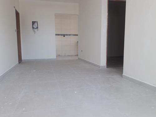 am127 lindo apartamento de 2 dormitórios à 100 mts da praia