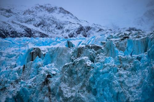 amanece en el glaciar
