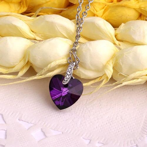 amar forma imitação de diamante colar pingente generoso