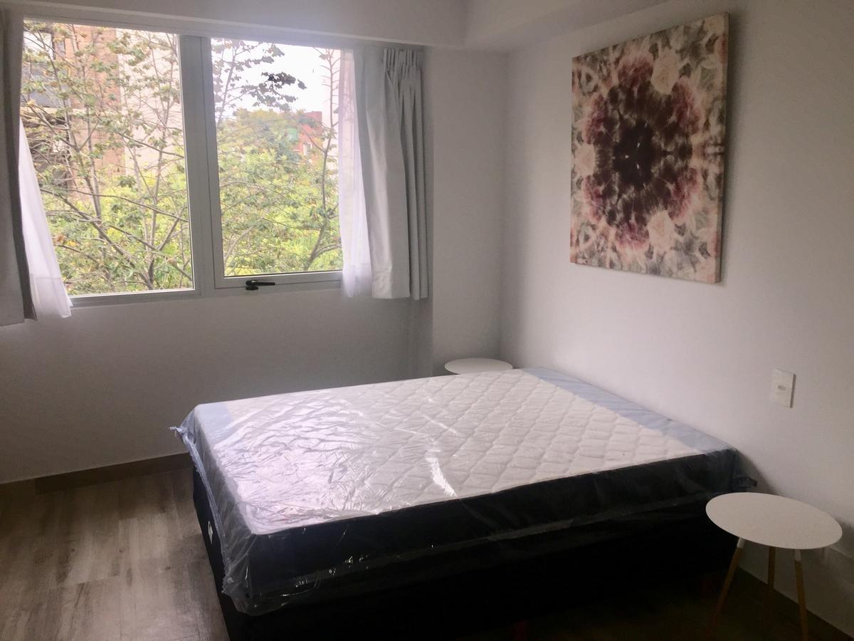 ambiente a estrenar, al frente - ideal airbnb!