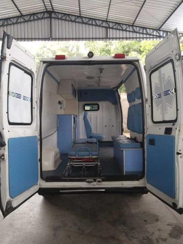 ambulancia boxer 2014 teto alto