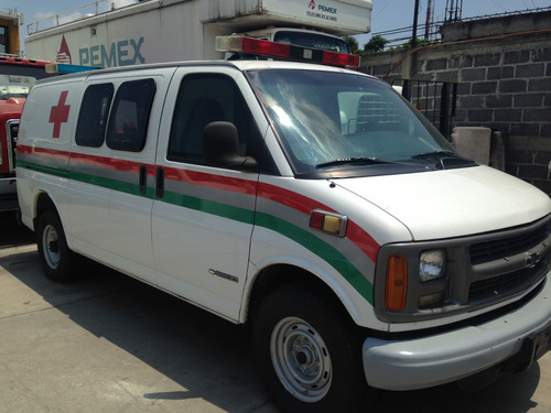 ambulancia chevrolet express año 2000
