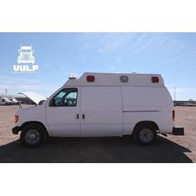 Ambulancia Ford E 150.     2004