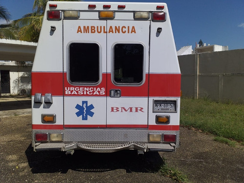 ambulancia ford econoline e350