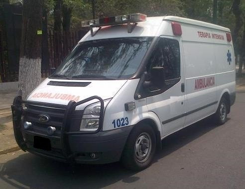 ambulancia ford transit 2010