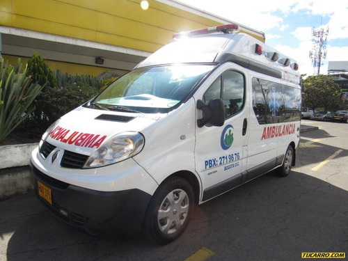 ambulancias renault   trafic