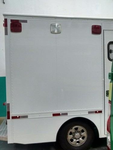 ambulância uti  hilux 4x4 2015 - valor locação mensal