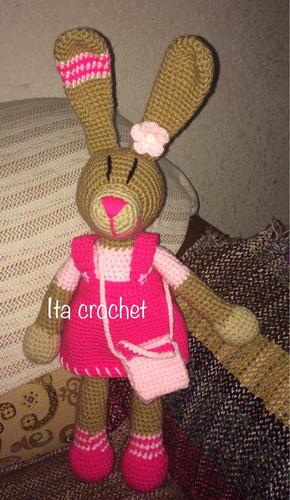 amigurimi coneja hecho a mano