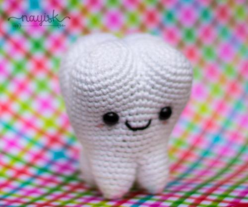 amigurumi crochet ganchillo tejido muelita diente handmade