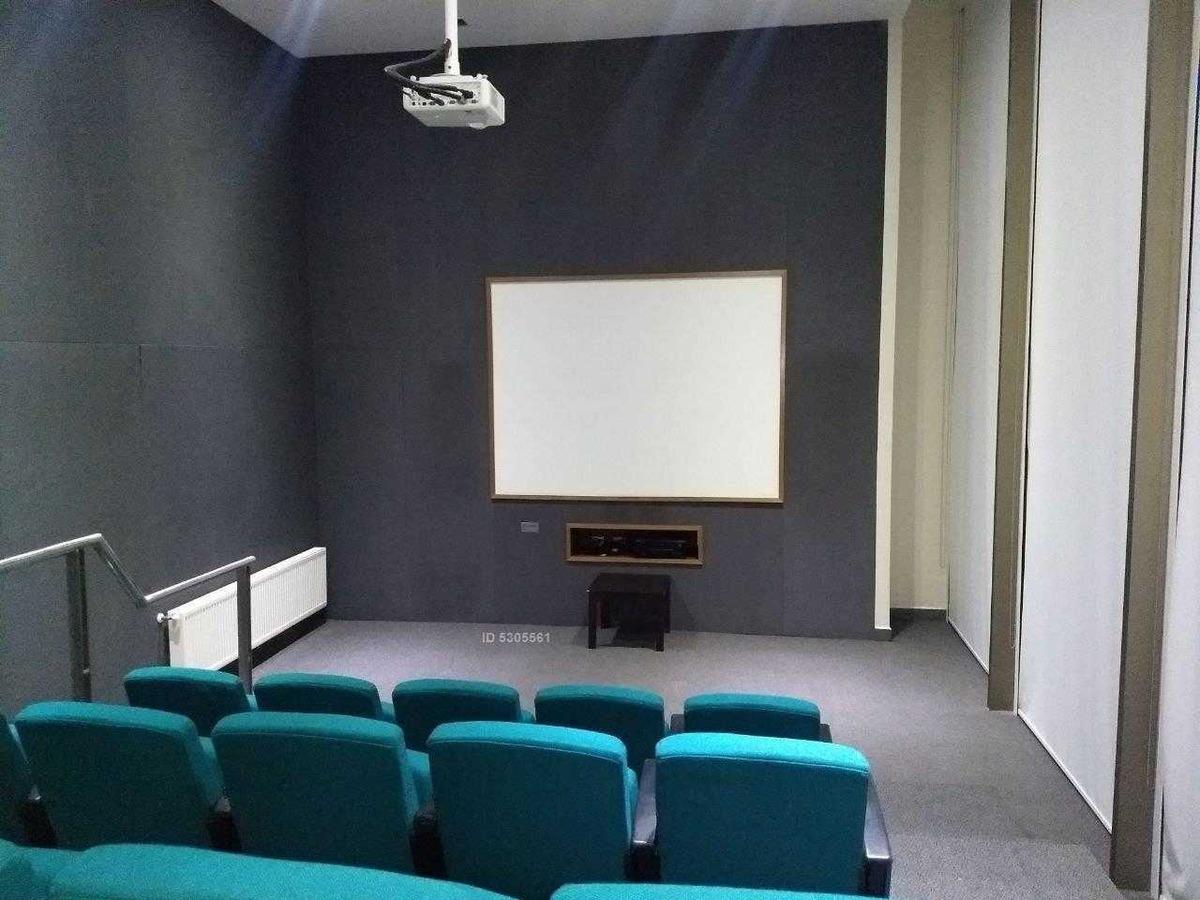amoblado en el edificio mas moderno del barrio!!.. ideal para altos ejecutivos, único en su clase ( cuenta con sala de cine y sala de conferencia)