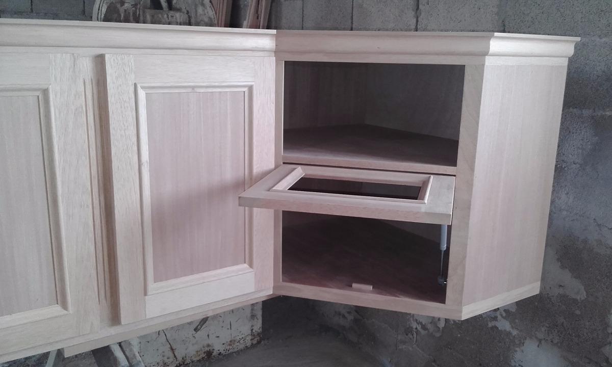 Amoblamiento de cocina a medida cedro macizo for Amoblamientos de cocina a medida precios