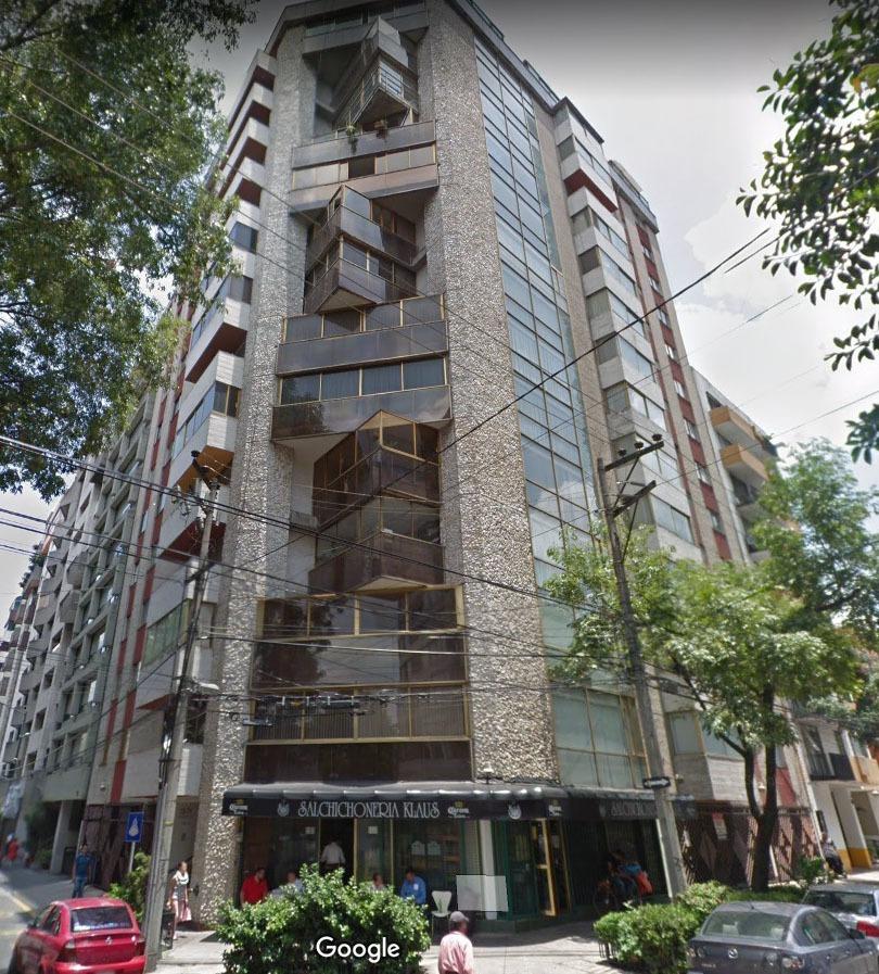 amores, oportunidad!! departamento para remodelar, amplio y bien ubicado.