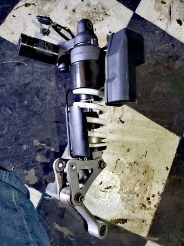 amortiguadores bmw 2010