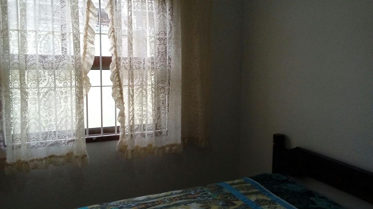 ampla casa com três dormitórios uma suíte , ref.  0429 m h