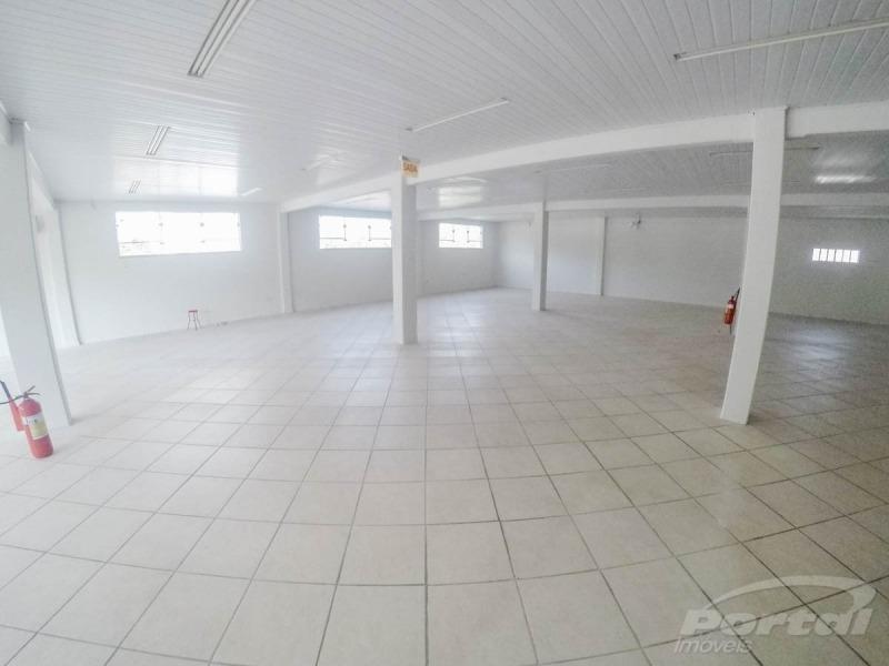 ampla sala comercial com 02 banheiros localizado no bairro velha, com aproximadamente 305 m², vagas de estacionamentos - 3578875l