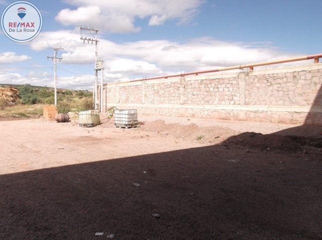 amplia bodega en  renta carretera mazatlán