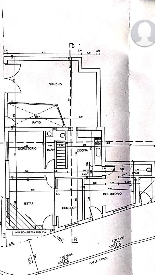 amplia casa céntrica en trelew permuto