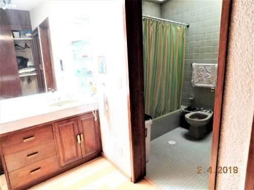amplia casa con elevador, 4 r, 4 b, 4 est., + c servicio