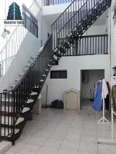 amplia casa de 3 niveles en col. talpita