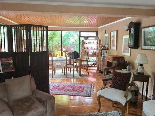 amplia casa dos pisos miraflores