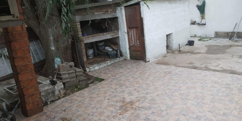 amplia casa en ciudad del plata apta para banco