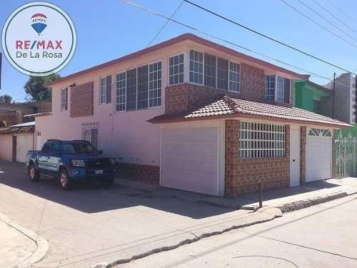 amplia casa en esquina, colonia anahuac durango