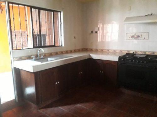 amplia casa en renta san jerónimo habitar opción oficinas