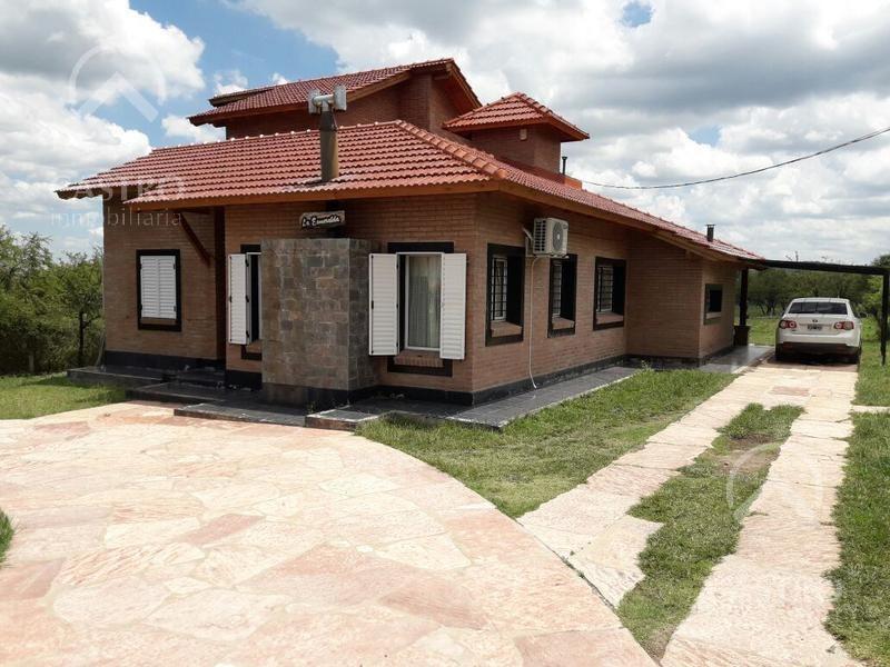 amplia casa en venta ubicada en el barrio el pantanillo