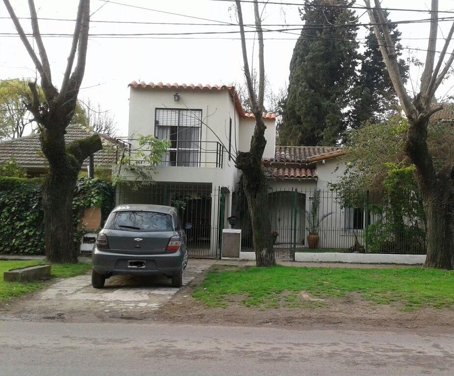 amplia casa en venta zona de ranelagh