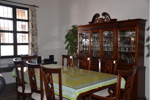 amplia casa para renta en el centro de antigua en condominio