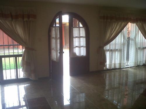 amplia casa sola en chalco estado de mexico